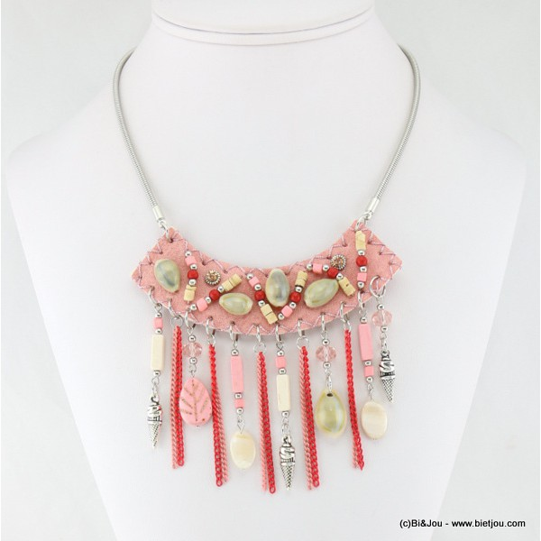 Collier en coquillage nacre.